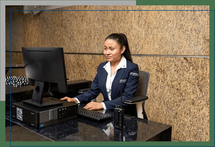Recepcionistas capacitadas en seguridad empresarial